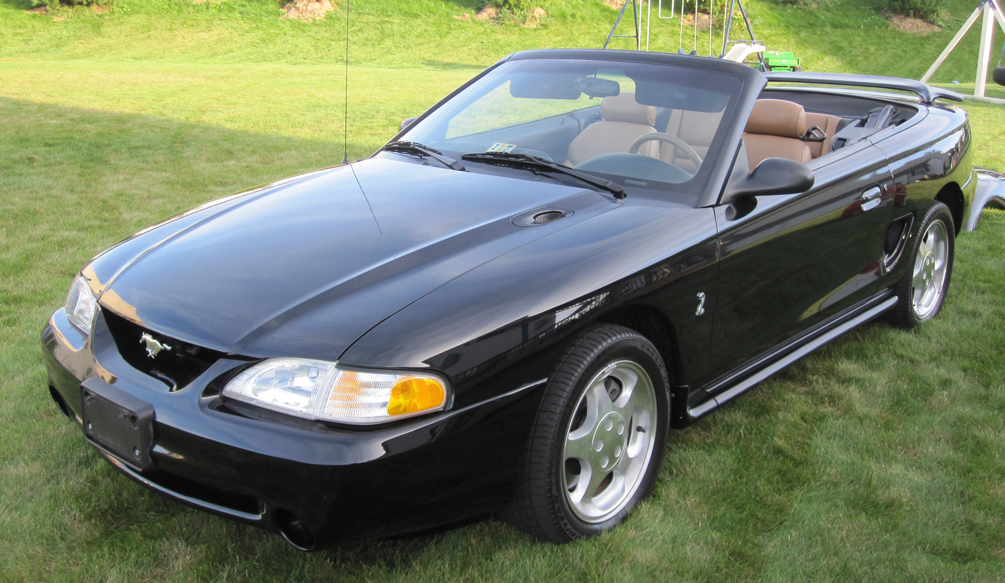 1995 mustang cobra hardtop convertible fryguy 39 s blog. Black Bedroom Furniture Sets. Home Design Ideas